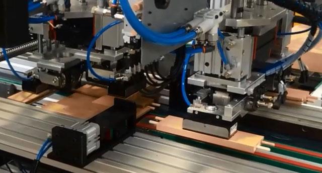 Зона автоматической сборки для ваймы с автоматической загрузкой SFA 90, производство Fiorenza (Италия)