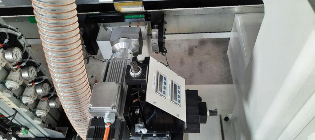 Сверлильная группа линии для обработки поперечин для рамочных фасадов под 90 градусов, производство Fiorenza Италия