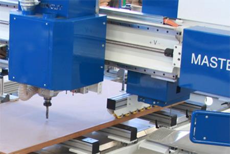 Электрошпиндель пильного центра с ЧПУ с MASTER.CUT, производство Bacci Италия