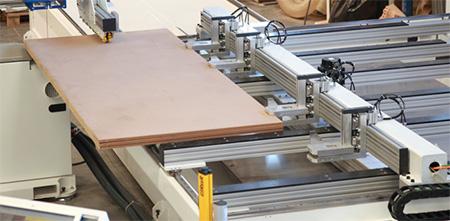 Система креплений пильного центра с ЧПУ с MASTER.CUT, производство Bacci Италия