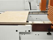 Система конвейерной подачи деталей с цепью скольжения станка Celaschi P 30