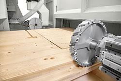 Обрабатывающие головки обрабатывающего центра с ЧПУ AREA XL, производство SCM (Италия)