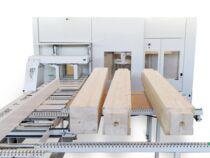 Прочная конструкция обрабатывающего центра с ЧПУ для домостроения Oikos XL, производство SCM (Италия)